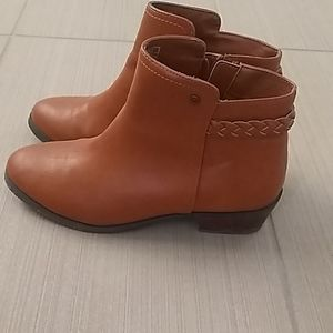 Hollister boots worn once